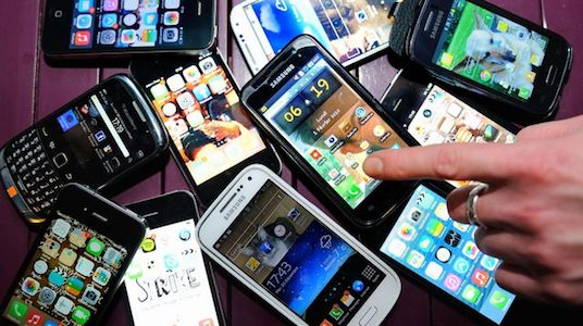 image de divers téléphones portables